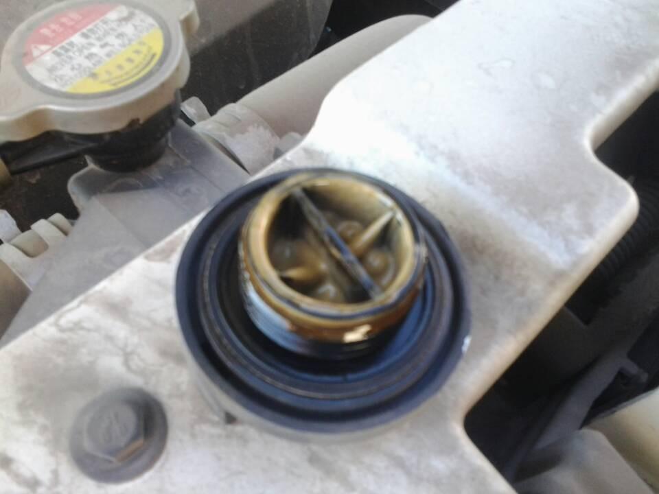 长安汽车cs35发动机乳化图片高清图片