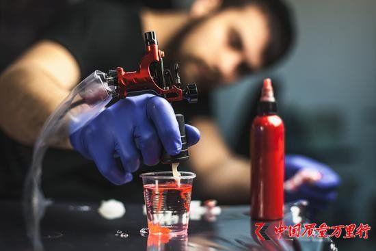 欧洲警惕纹身油墨包含致癌物:别轻易尝试