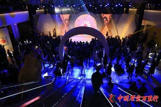 """开启艺术商场3.0时代!红星美凯龙""""器度・甘世代""""甜美开幕"""