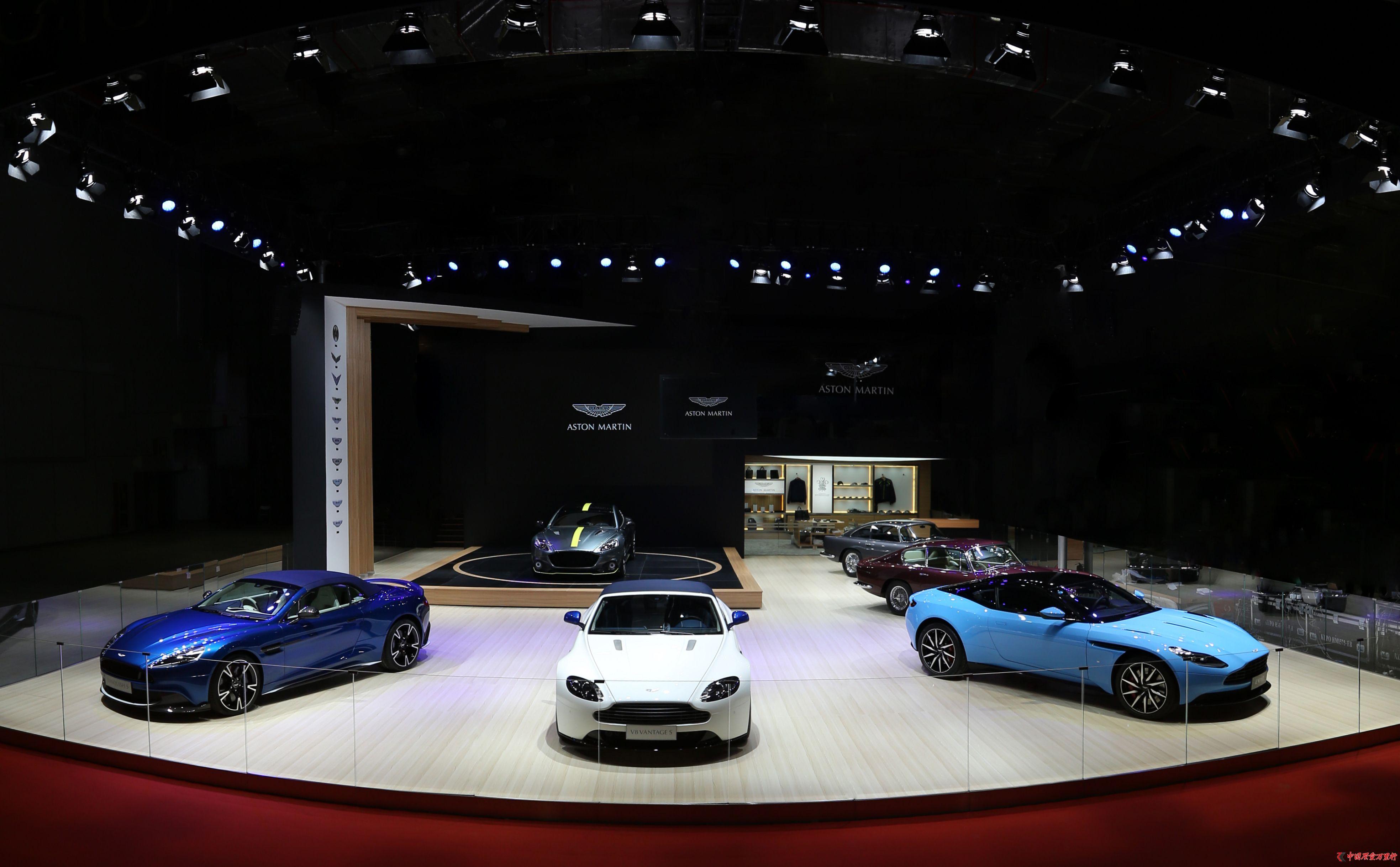 阿斯顿・马丁荣耀登陆2017上海国际车展