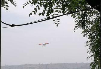 山西曲沃一架水上娱乐飞机失事 两人遇难
