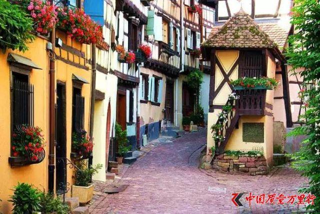 全球最美的40个小镇,我想和你在这些地方不期而遇