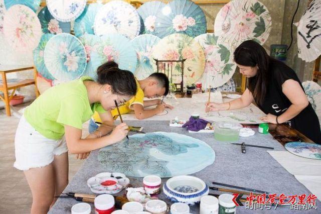 王健林在贵州丹寨造了个万达小镇,0元门票,如今火了!