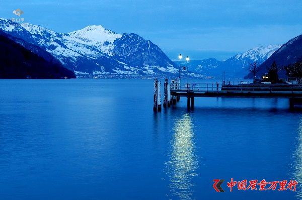 瑞士硫森,阿尔卑斯山脚下的小城,醉人的湖光山色
