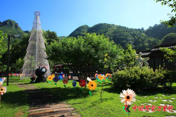 龙庆峡:北方漓江、塞外明珠