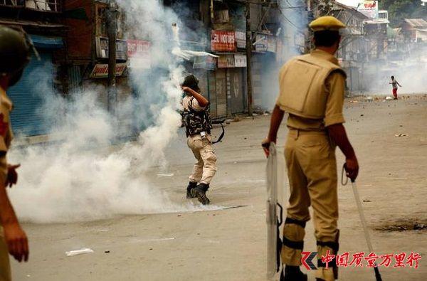印度国内近期骚乱频发 使馆提醒在印中国公民注意安全