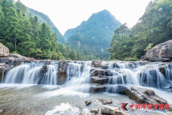 中华第一高瀑,高272米列入吉尼斯世界纪录