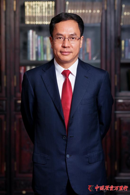 汉能控股集团董事局主席 李河君