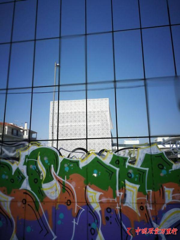 没看见过街头涂鸦,就别说你到过雅典