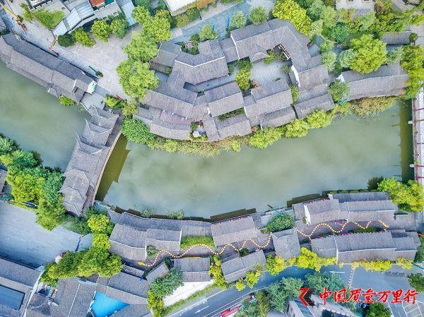 中国人气最旺的主题公园,来这里仿佛穿越到千年的宋朝