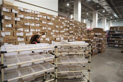 纸箱涨价电商头疼:有仓库成本每天增加上百万元