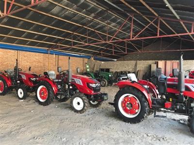 6月7日,牛书军的农机销售点。新京报记者 王煜 摄
