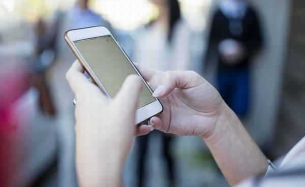 工信部:电信企业要向用户按月推送账单 严控骚扰电话