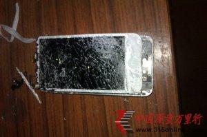 iphone5爆炸连同iphone4S一起受损