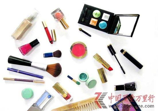 化妆品打假难推进 聚美优品回应防伪码质疑