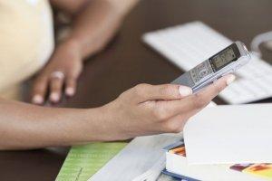 网传电话声控吸费 专家称技术难行 未发现吸费案例