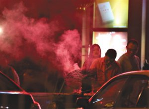 北京露天烧烤及机动车尾气超标拟罚无上限